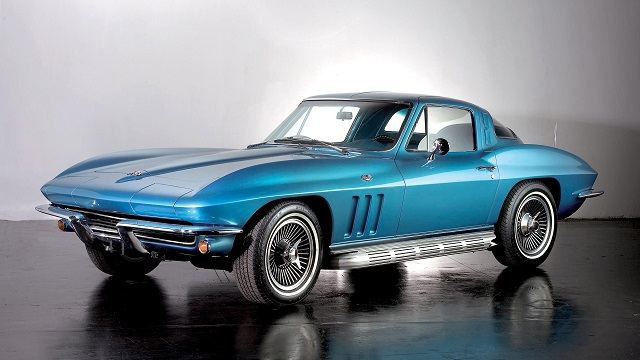 A Modern Long-Term Road Test of a 1966 Chevrolet Corvette ...
