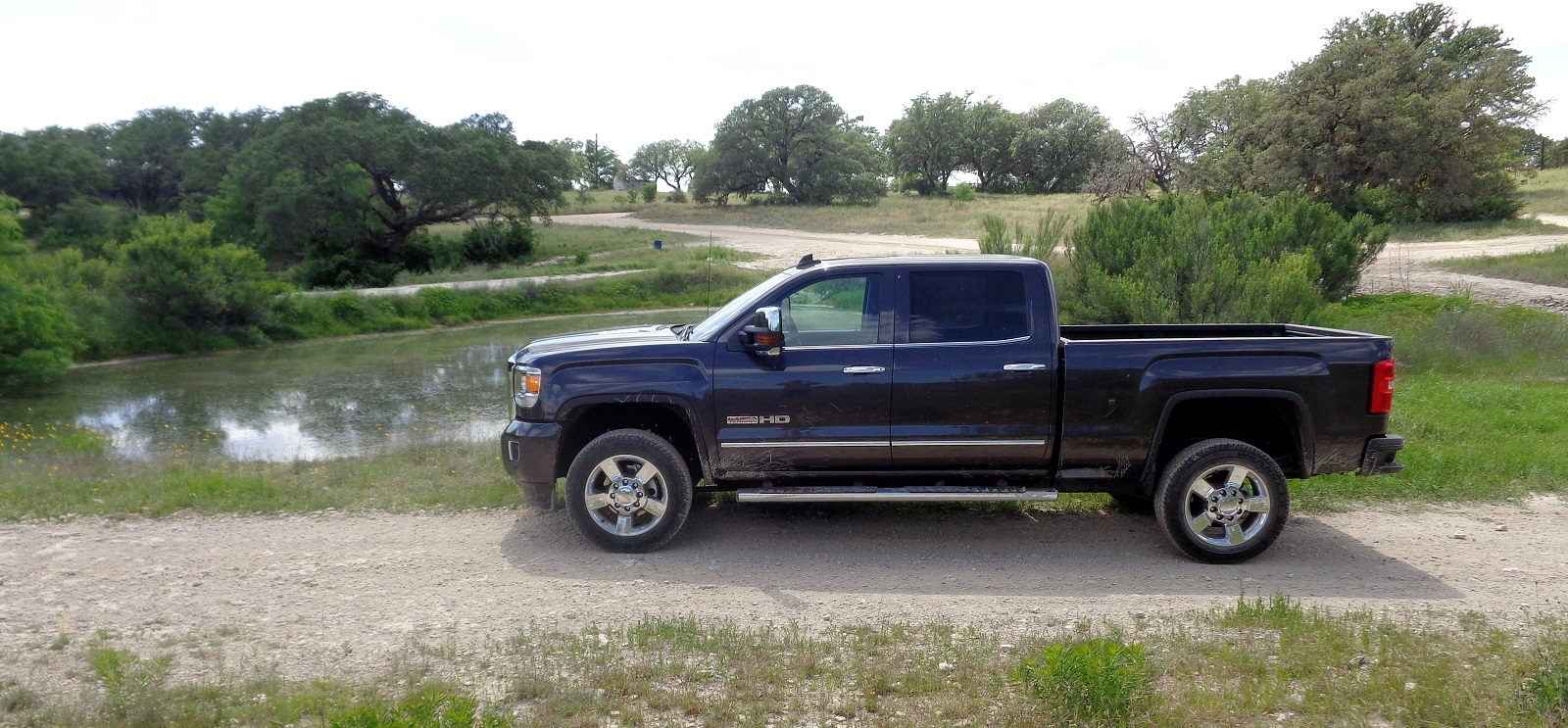 Review 2015 gmc sierra 2500hd all terrain chevroletforum my experience with the 2015 gmc sierra 2500hd all terrain as a whole was similar i did occasionally groan about something the truck was missing publicscrutiny Choice Image