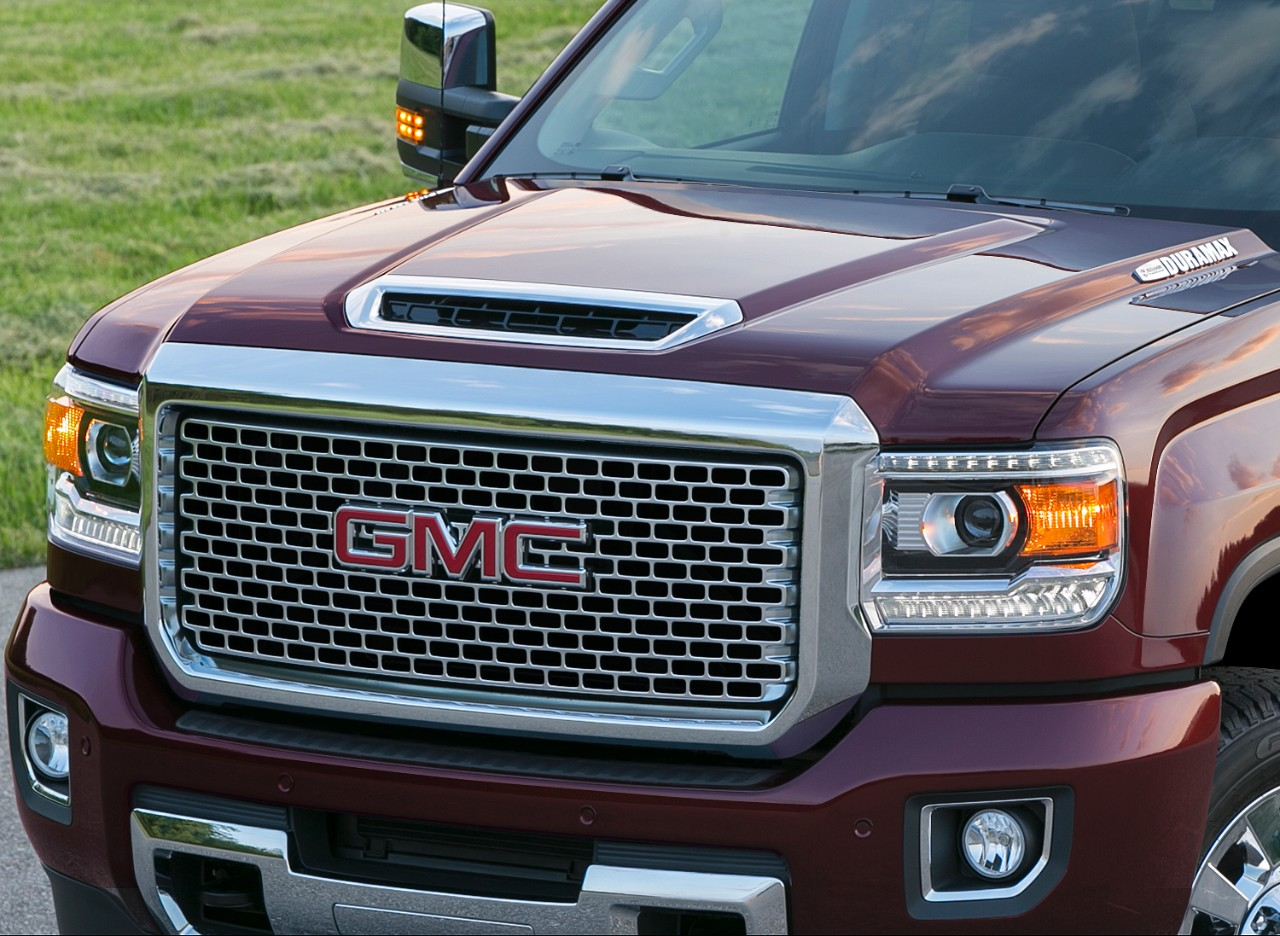 What numbers is the 2017 gmc sierra denali 2500hd packing under its chime in with your thoughts on the forum publicscrutiny Choice Image