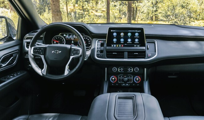 2022 Chevy Suburban Z71 Interior
