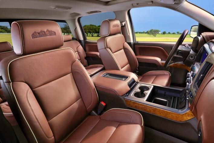 2022 Chevy Silverado Carhartt Edition Interior