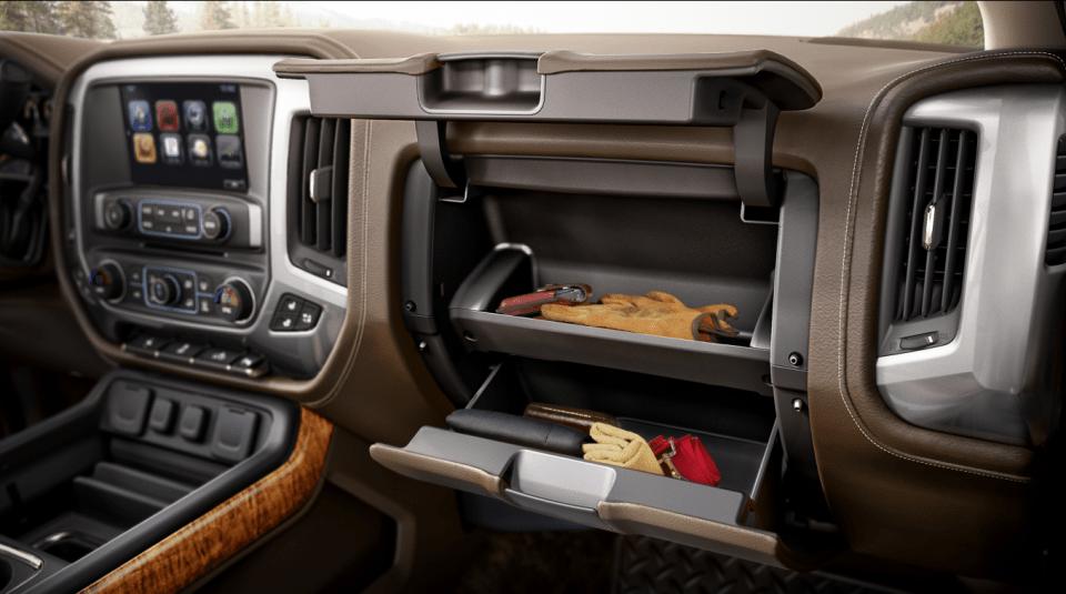 2022 Chevy Silverado 2500HD Custom Interior