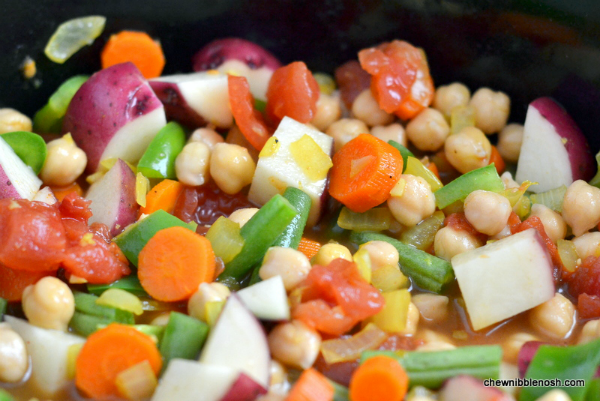 Slow Cooker Vegetable and Chickpea Curry 2 - Chew Nibble Nosh