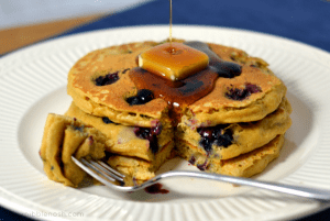 Blueberry Quinoa Pancakes - Chew Nibble Nosh
