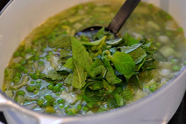 Spring Pea Soup - Chew Nibble Nosh 4