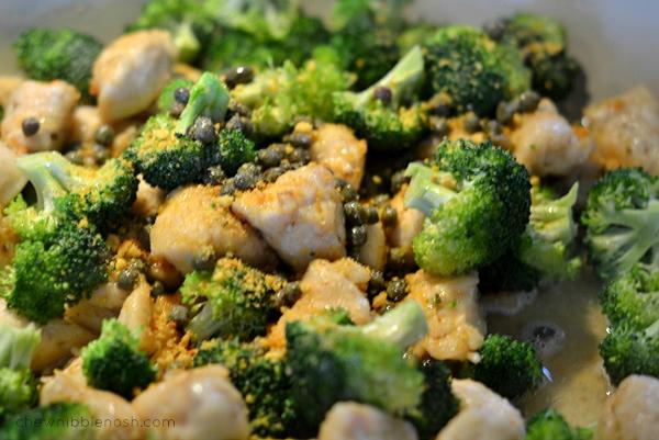 Garlic Lemon Chicken Pasta with Broccoli - Chew Nibble Nosh 6
