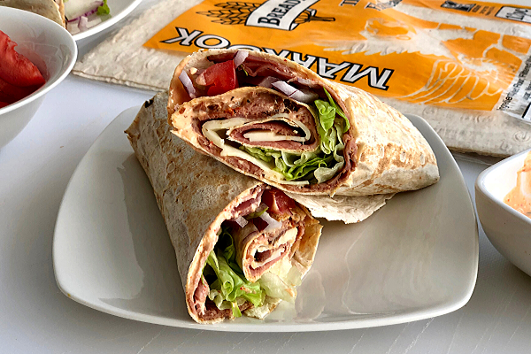 Roast Beef Sandwich Wraps with Spicy Horseradish