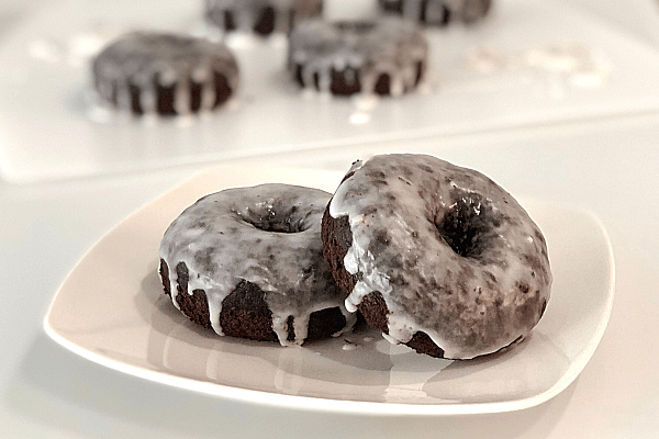 Chocolate Banana Cake Donuts