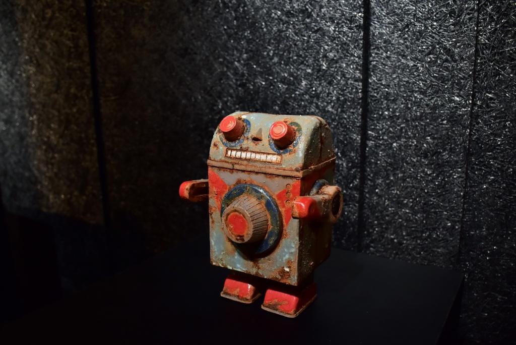 天成文旅 華山町 唐唐個展《相簿》金庫機器人