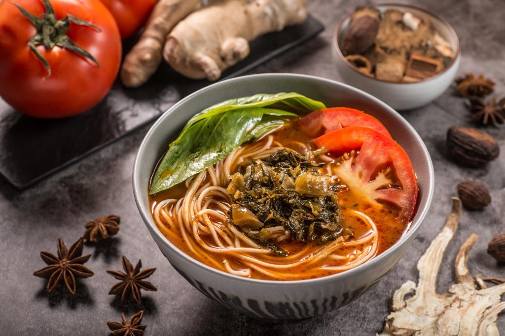 薑燒番茄湯麵2