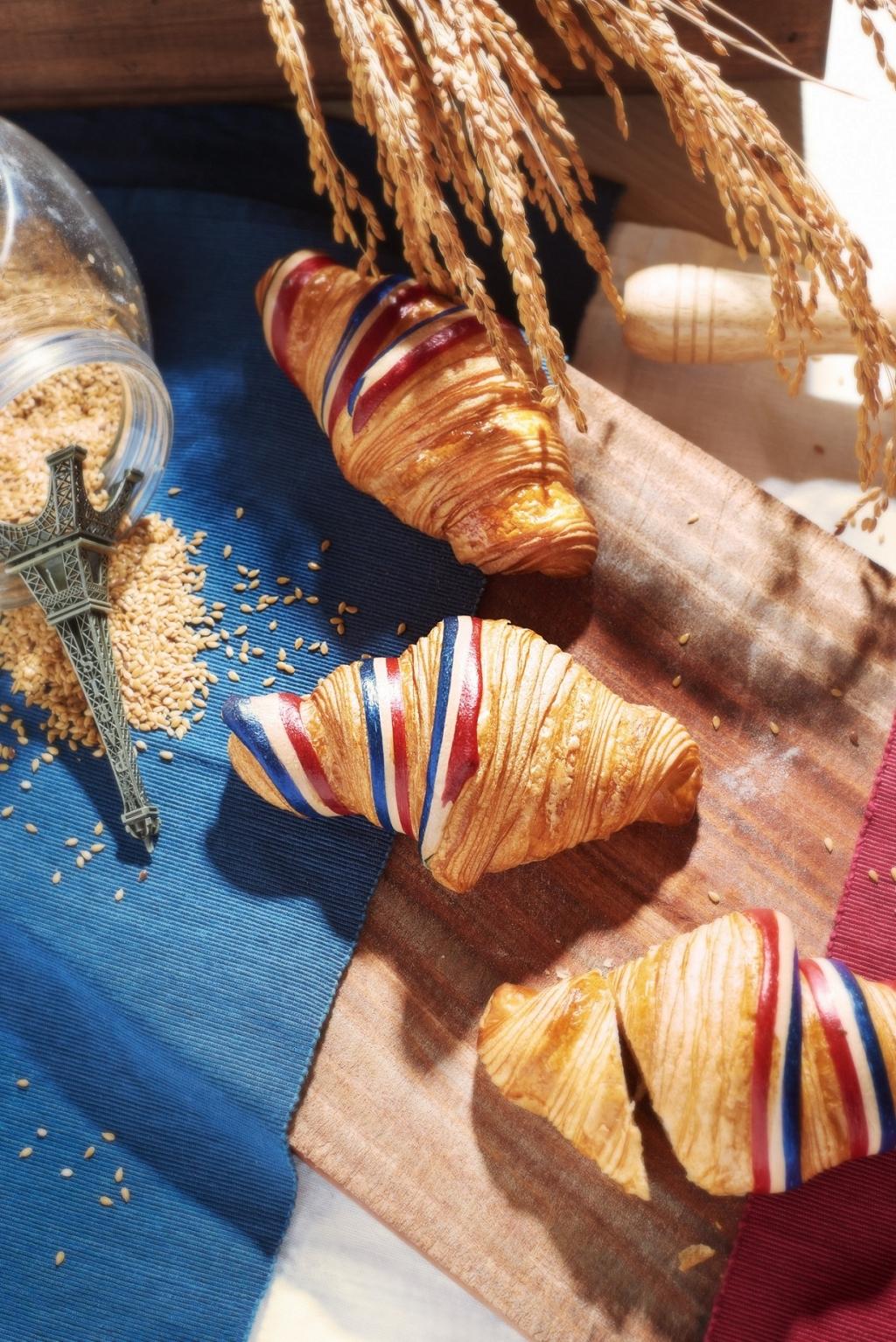 Gc每年7月14日單日限定獨賣的法國國旗原味可頌每個50元,7月3日起開放預購宅配