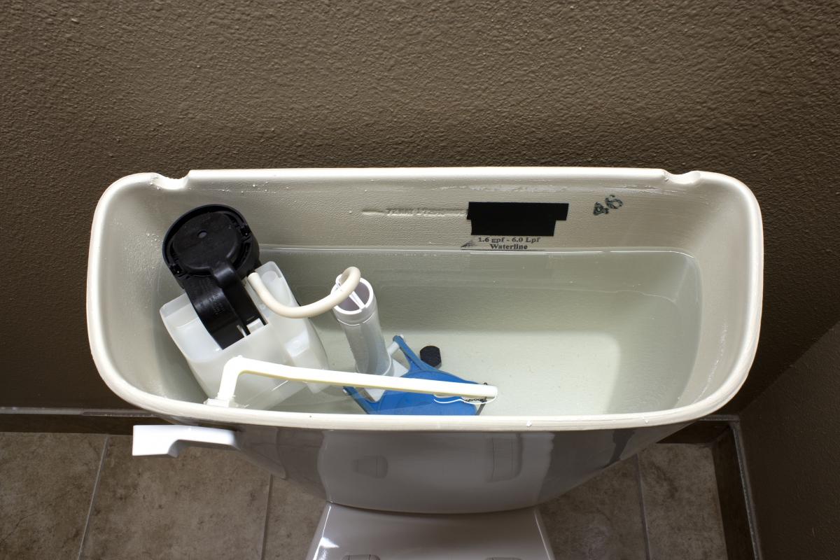 how to fix a running toilet www.cheyennehauling.com