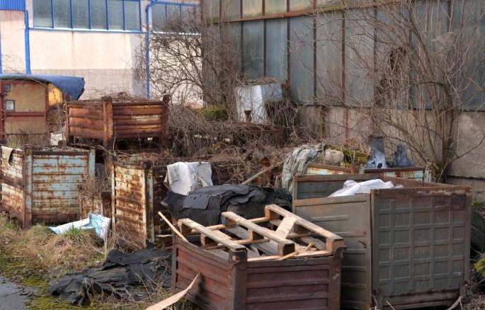 yard junk removal in cheyenne www.cheyennehauling.com