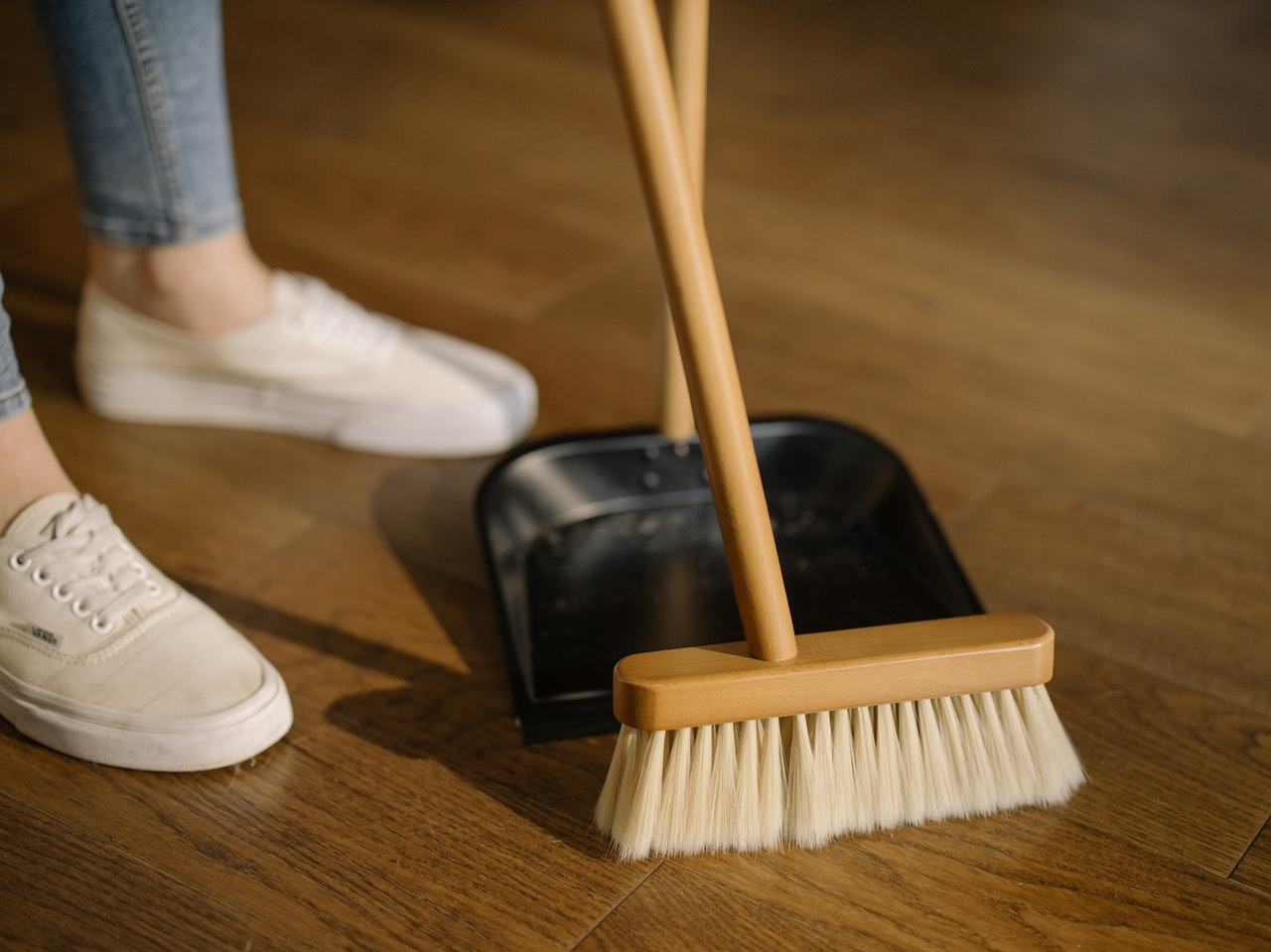 top 3 spring cleaning tips www.cheyennehauling.com