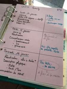 une page de cahier du professeur. préparation des cours.