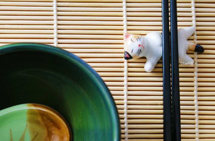 decoration-table-repose-baguettes-ceramique-chat-kawaii-mignon-chezfee