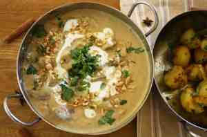 This recipe uses my homemade Massaman curry paste, toasted peanuts, coconut milk, coriander and skinned duck breast for a really decadent curry.