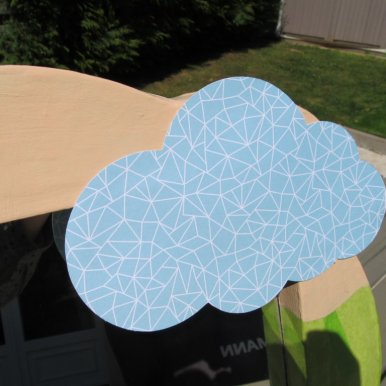 Le nuage en papier cartonné