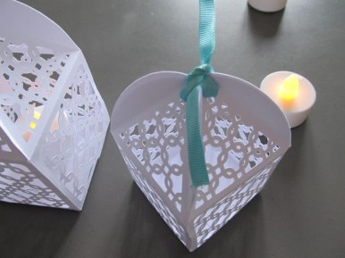 lanterne et ruban