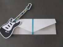 carte de naissance guitare + enveloppe 2