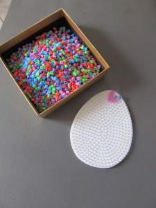 deco de paques en perles Hama (9)