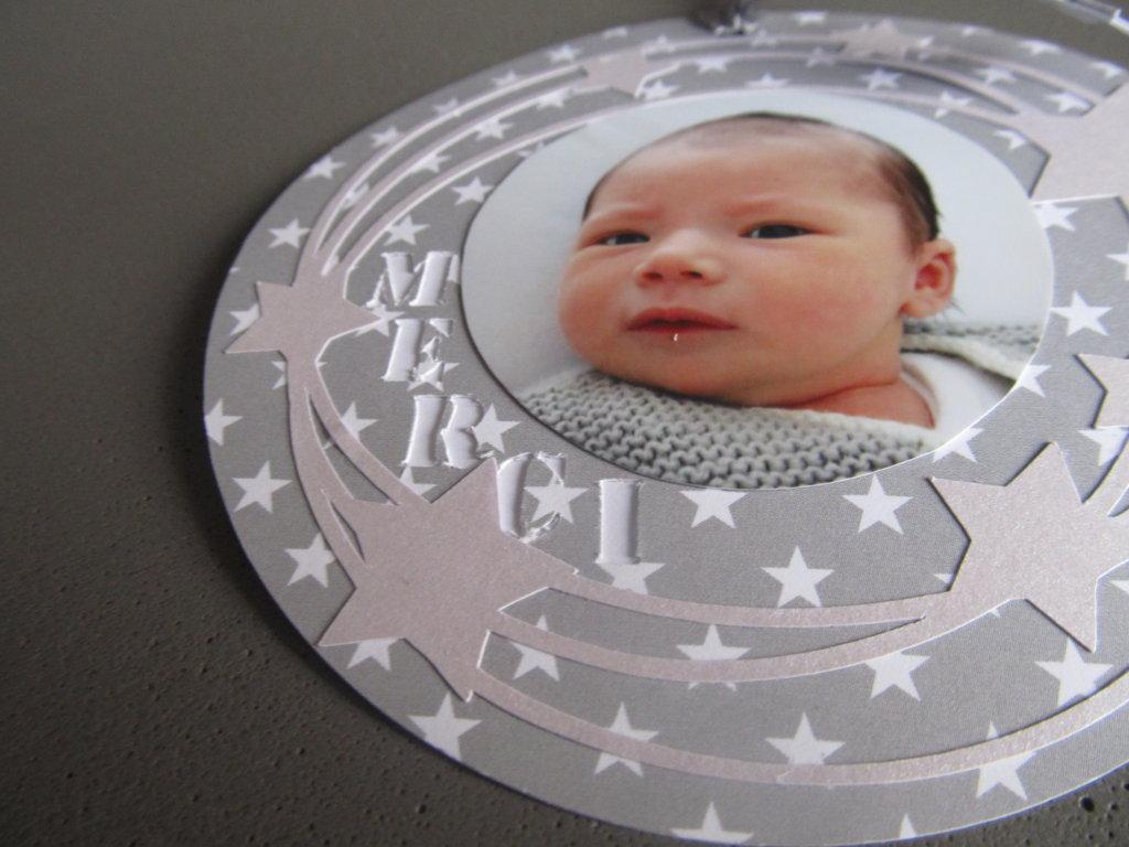 carte de remerciement naissance ronde