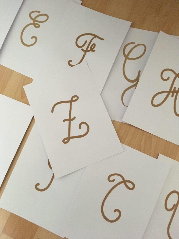 lettres rugueuses majuscules cursives (10)