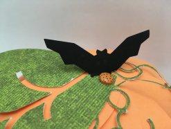 Citrouille en papier orange feuille verte chauve-souris noir DIY