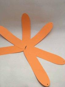 Citrouille en papier orange assemblage bande DIY