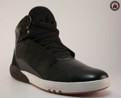 Adidas ROUNDHOUSE MID 2,0