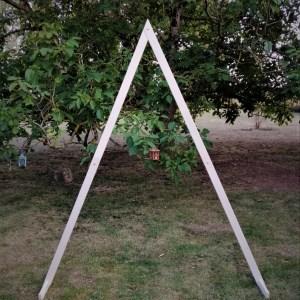 arche triangulaire bois location cérémonie laïque Tours 37 indre et loire