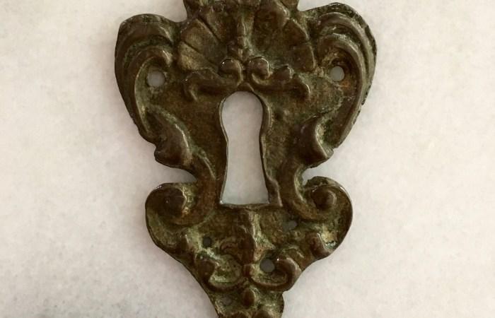 A Keyhole or a Portkey?