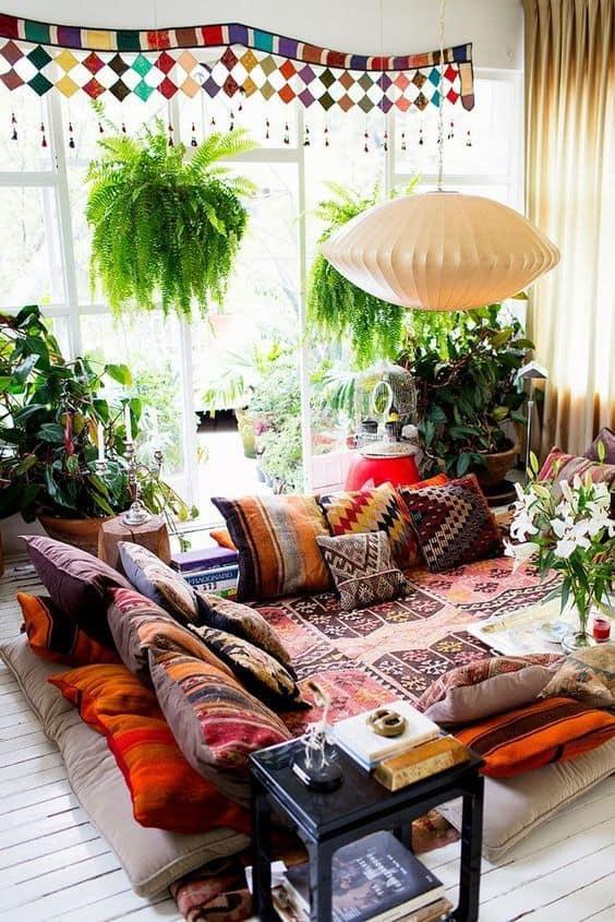 des coussins ethinque pour un look boheme - Un intérieur bohème pour une impression de voyage
