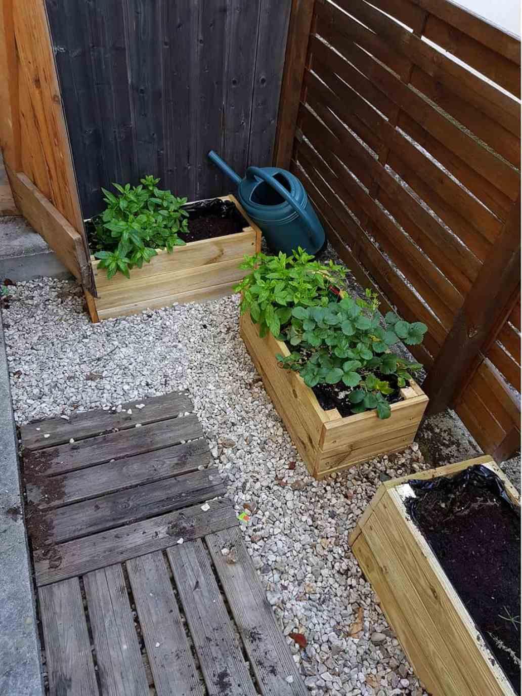 final jardiniere en bois diy - DIY : fabriquer une jardinière en bois pour le jardin