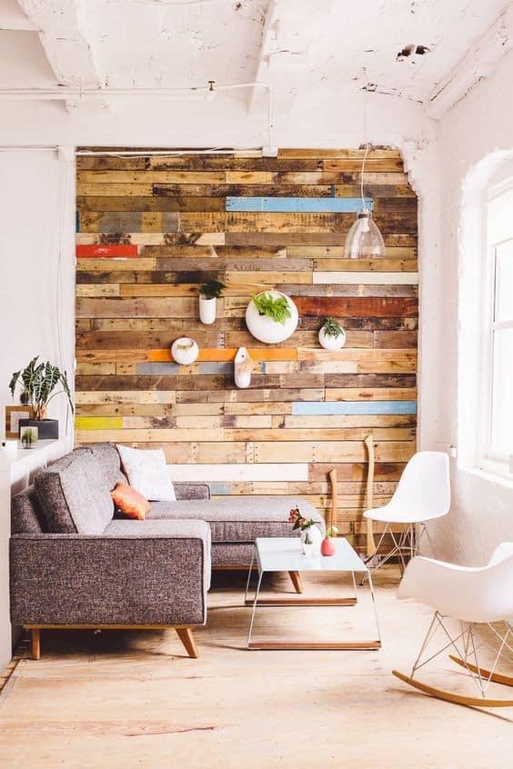 mur en bois diy