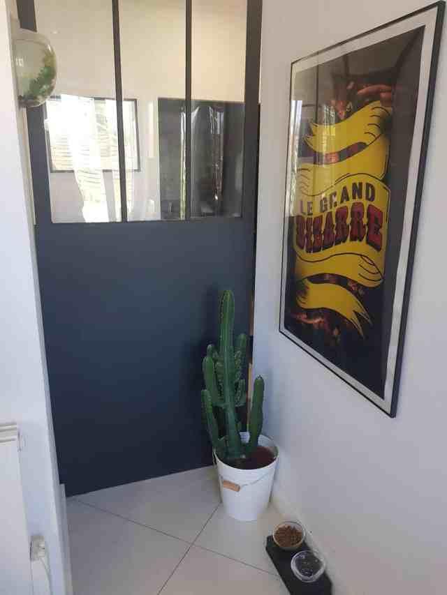 20180626 113227 e1531004940601 1536x2048 - DIY : fabriquer une porte coulissante de style verrière
