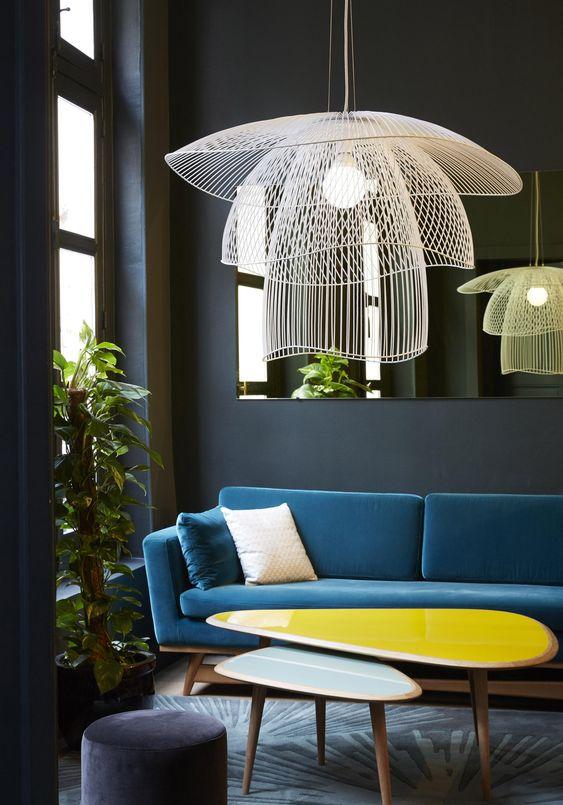 salon mis en valeur par un éclairage intérieur  - 6 règles à connaître pour réussir l'éclairage intérieur