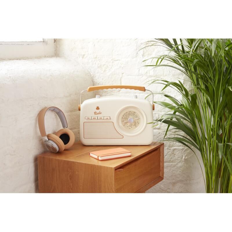 radio vintage ivoire - Une déco vintage, mais pas ringarde !