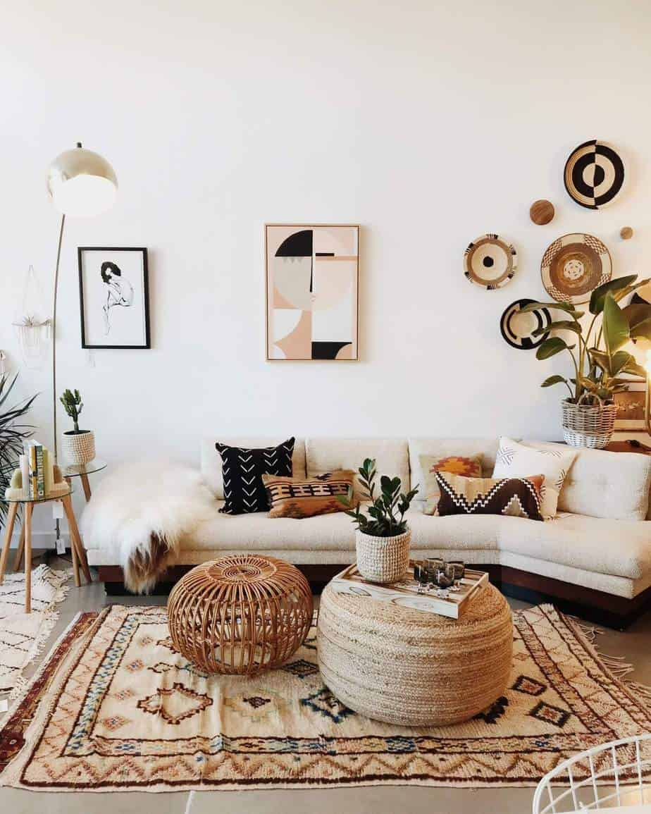 un salon joliment décoré avec une déco bohème  - Quel mobilier de salon pour quel style de déco ?