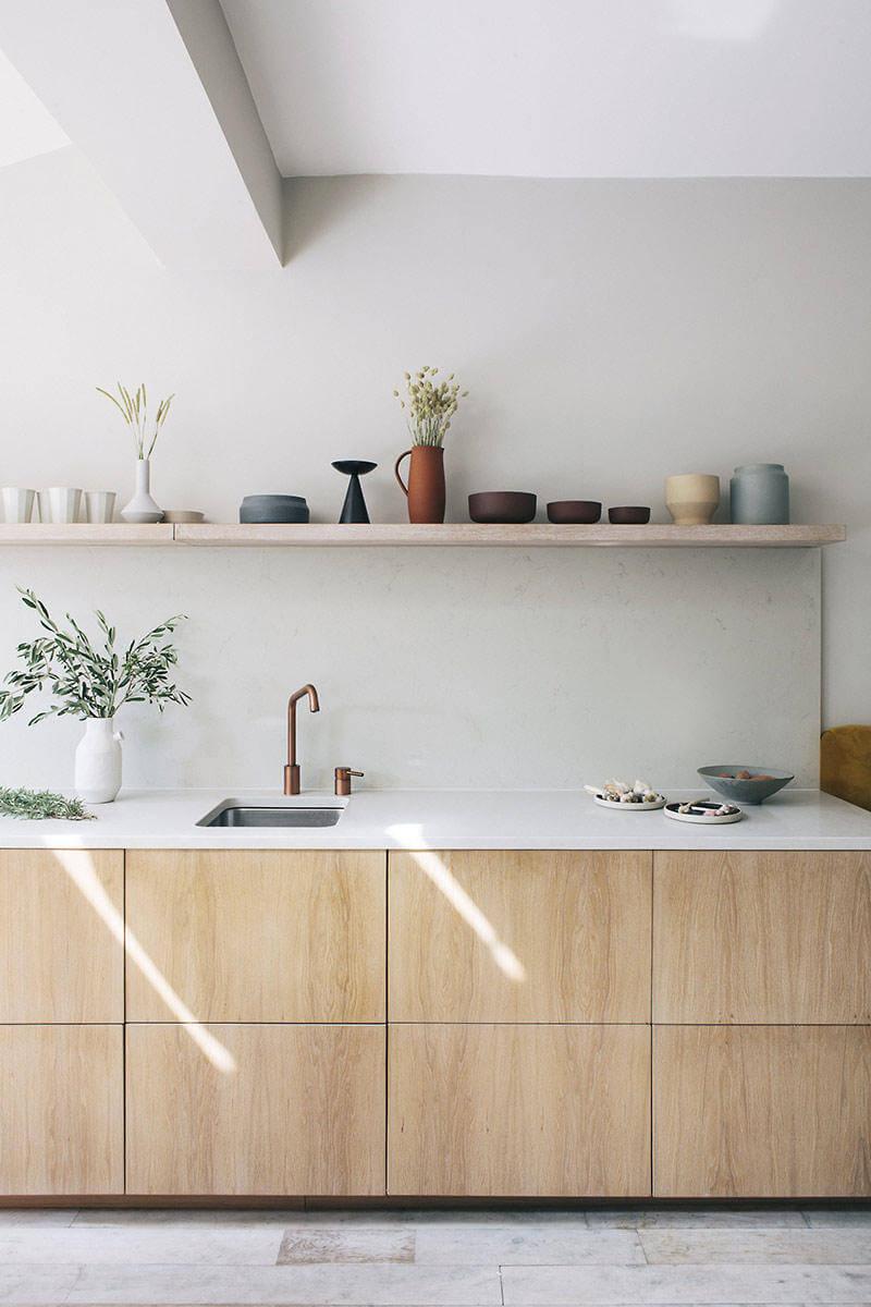 Une cuisine lumineuse et concue sur mesure  - Quels critères pour bien choisir son cuisiniste ?