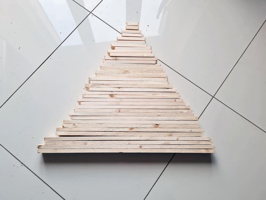 20201206 093843 - DIY récup : fabriquer un sapin de Noël en bois avec des tasseaux