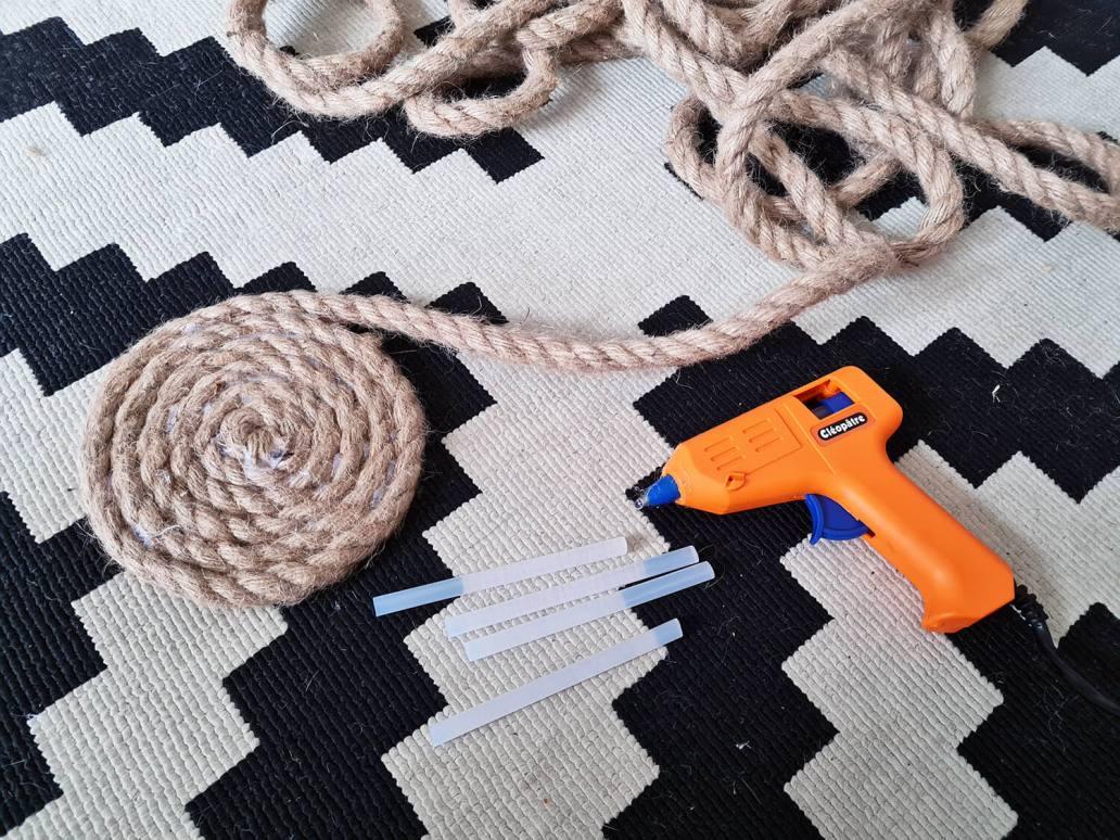 20210105 145059 - DIY bohème : fabriquer un tapis mandala avec des cordes