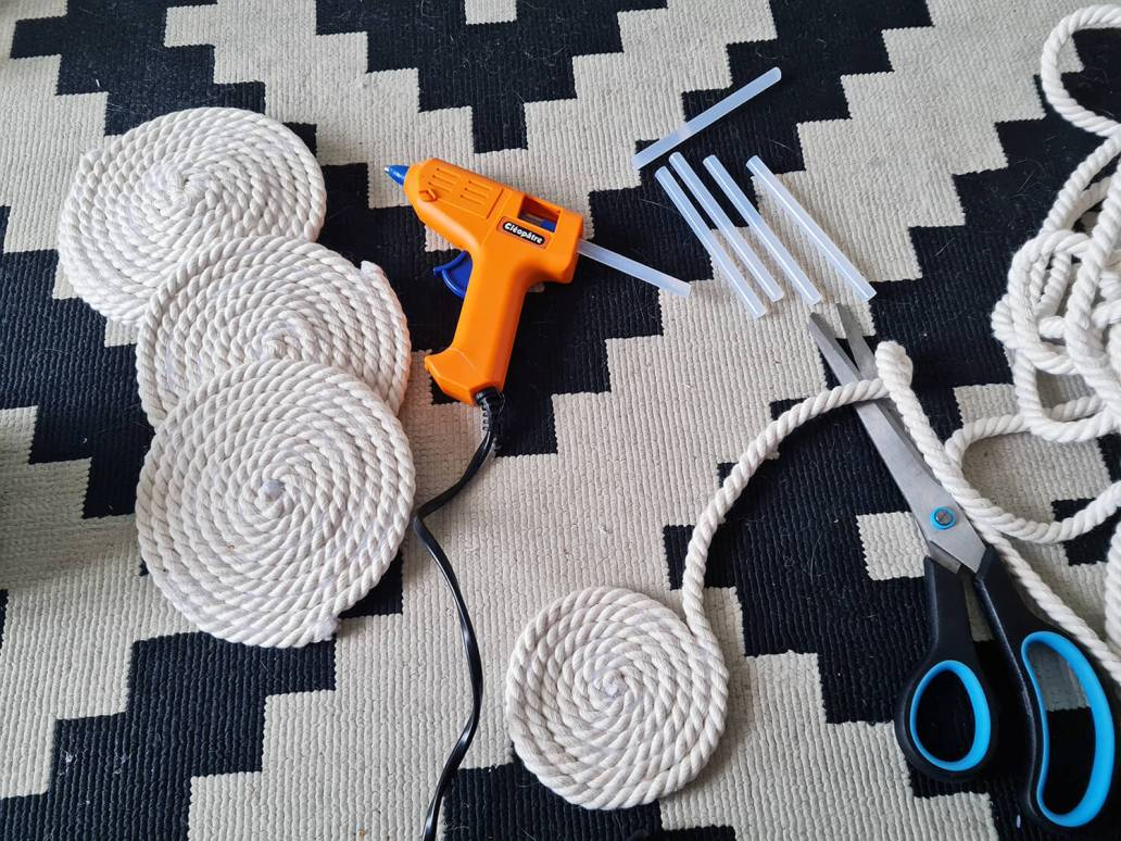 20210106 130331 - DIY bohème : fabriquer un tapis mandala avec des cordes