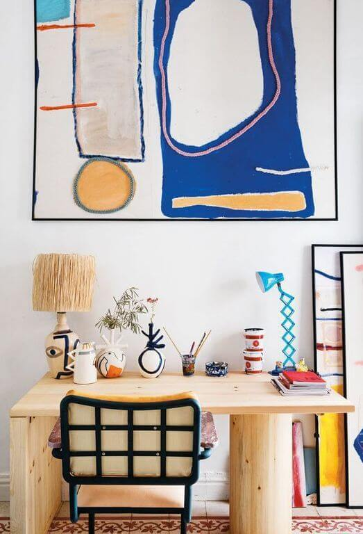 bureau deco arty 2 - Tendances meubles et décoration 2021 : le grand décryptage
