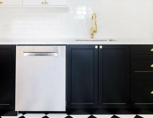 L'irrésistible cuisine noire : une inspiration moderne et tendance