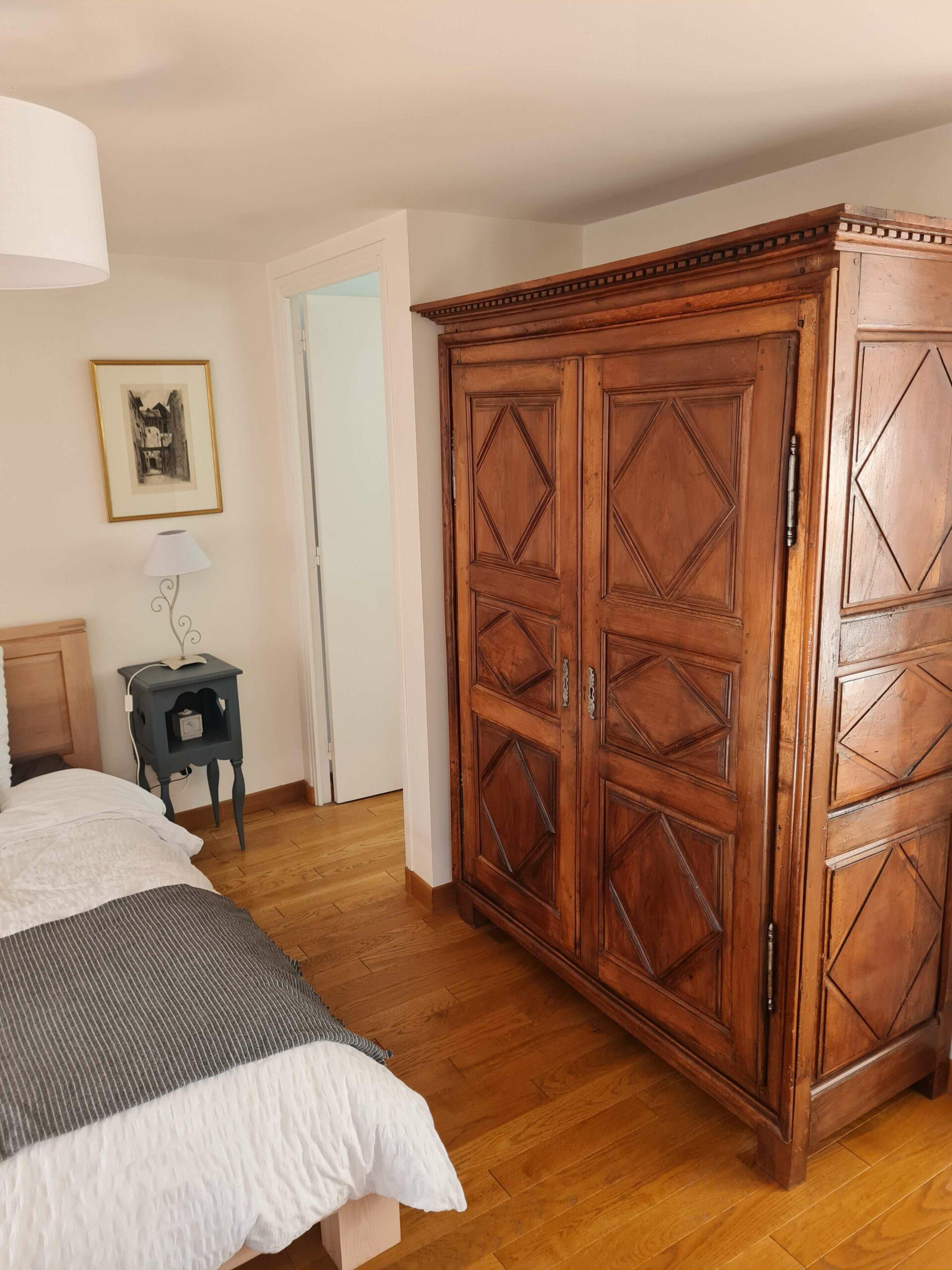 20210213 143840 scaled - Airbnb Tour : visite privée d'une tiny house à Bayeux