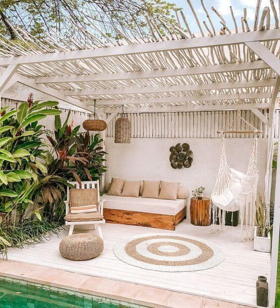 03a8011aa538bd087df350a9c384b513 - Inspiration déco : comment décorer la terrasse avec succès ?