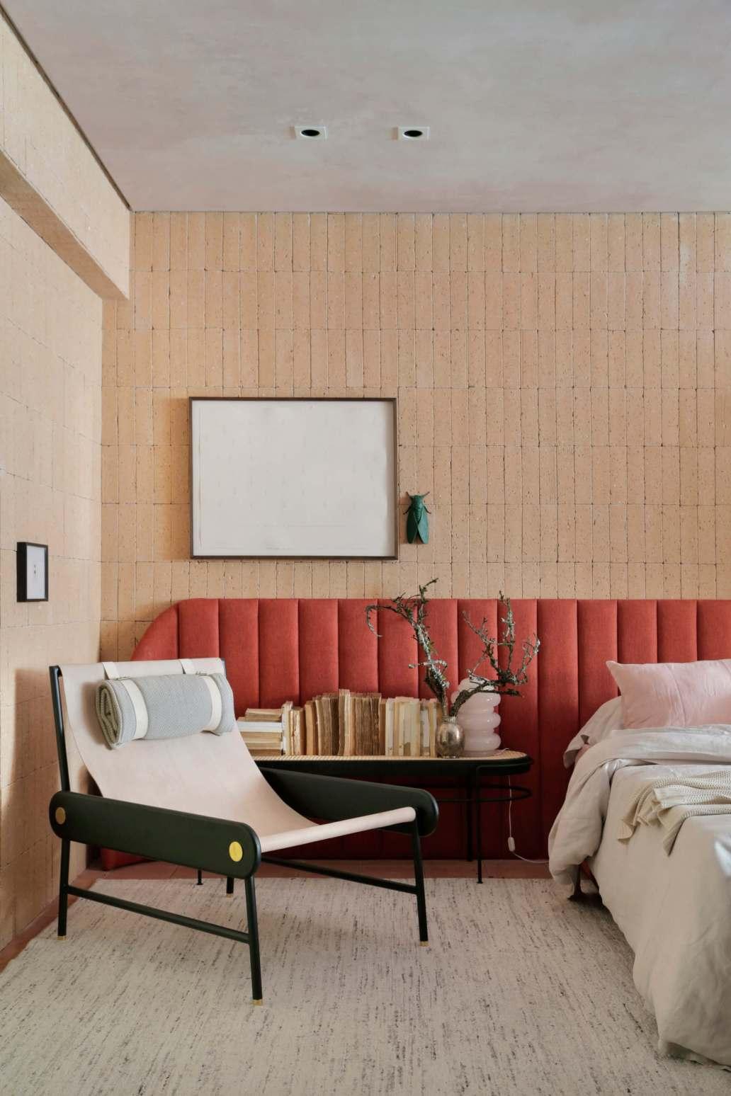 chambre design et cosy tres nordique 1365x2048 - Décoration Hygge : découvrez cette philosophie de vie venue du Danemark