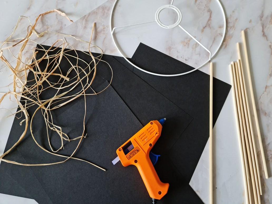 20210919 182302 - Fabriquer un lustre palmier avec des feuilles en papier