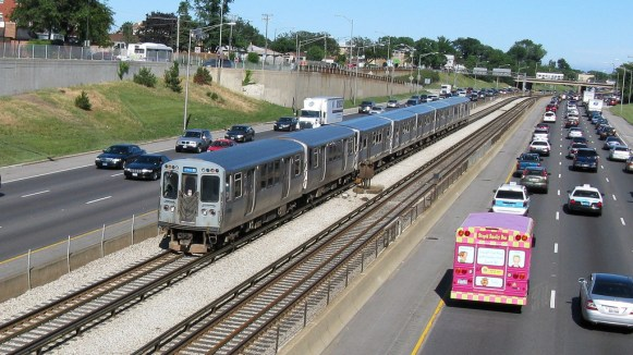 The Blue Line was analyzed by FiveThirtyEight to be faster than taking a taxi from O'Hare airport to downtown. Photo: Edward Kwiatkowski